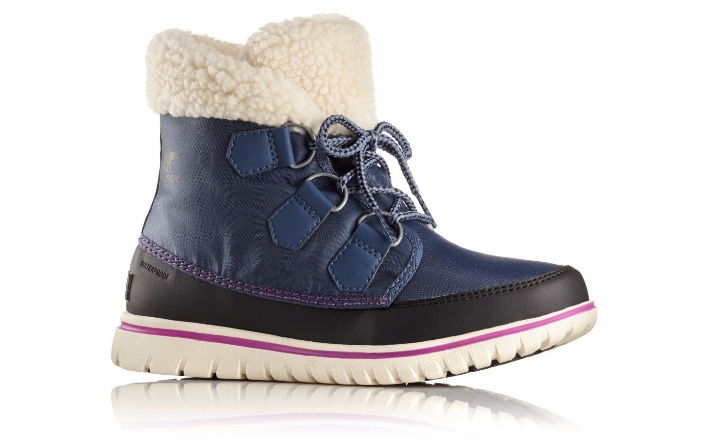 28 Winter Shoes You Won T Be Embarrassed To Wear