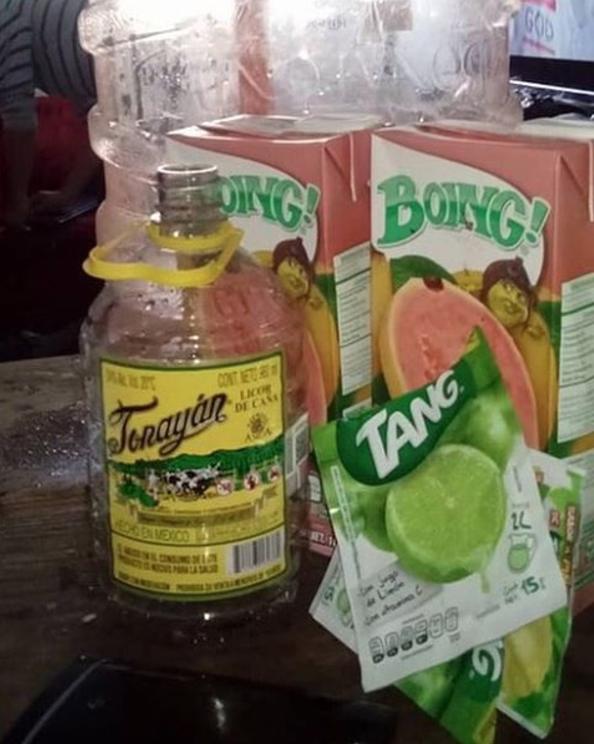A los mixólogos de garrafón, genios del agualoca.