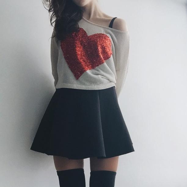 Podrás poner tu corazón al descubierto en todas tus camisetas y sudaderas.