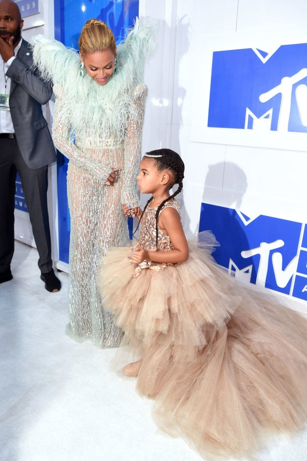 Because showing up for the awards show with her daughter, looking like the royal family, wasn't enough.