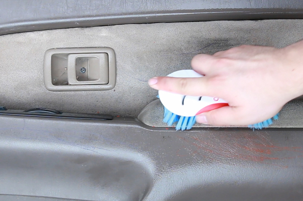 clean a dirty car with this nontoxic diy spray. Black Bedroom Furniture Sets. Home Design Ideas