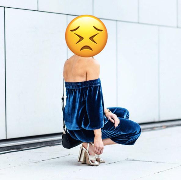 Déjale a la Paris Hilton de los dosmiles el uso del traje de terciopelo.