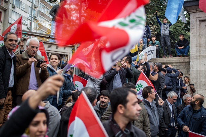 Supporters of the HDP chant slogans during a rally in Istanbul, Oct. 30, 2016.