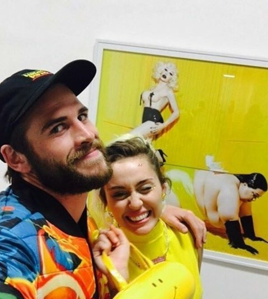 Miley Cyrus and Liam Hemsworth stepped out for a date night in LA on Friday and tbh, they might just be the complete definition of relationship goals: