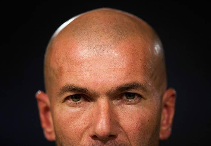 Zinedine Zidane, durante la rueda de prensa posterior a su primer entrenamiento como técnico del primer equipo del Real Madrid, el 5 de enero de 2016.