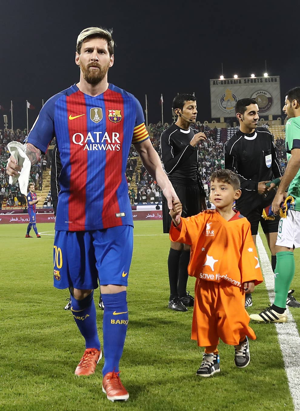 quite nice 14d92 4bc96 Look At How Happy The Boy Who Made A Messi Plastic Bag Shirt ...