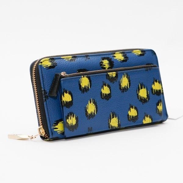 La cartera ideal para la fashionista en tu vida ($1,200).