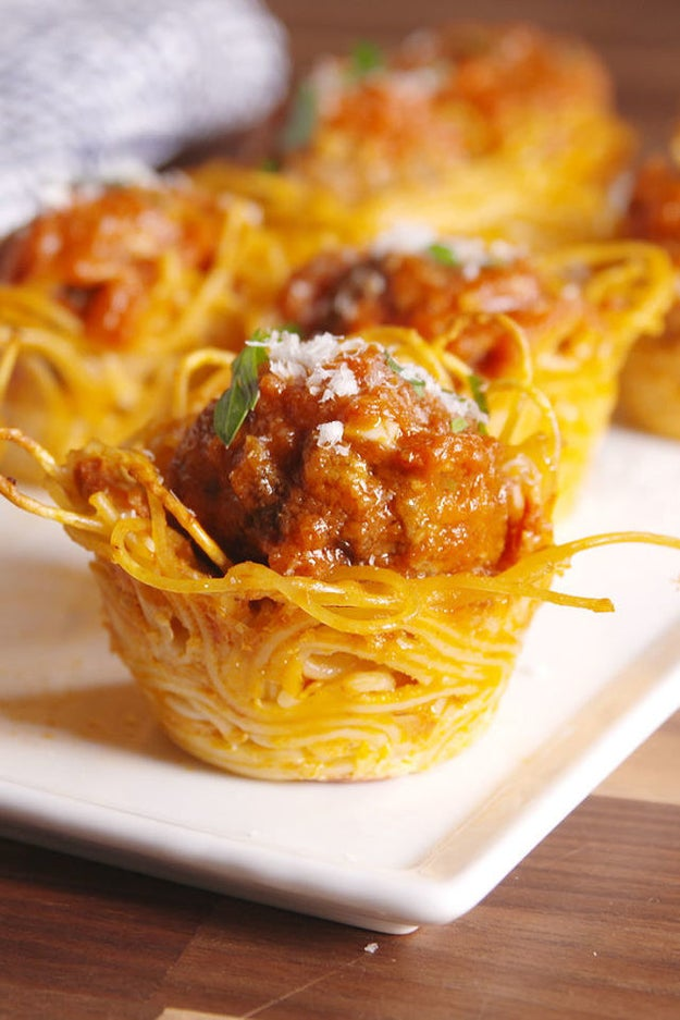 Spaghetti and Meatball Bites