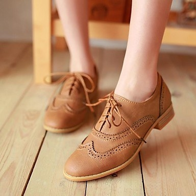 A perfect pair of bookish oxfords...