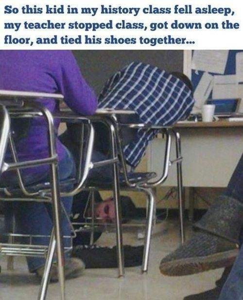 The teacher who dealt with a sleeping student perfectly: