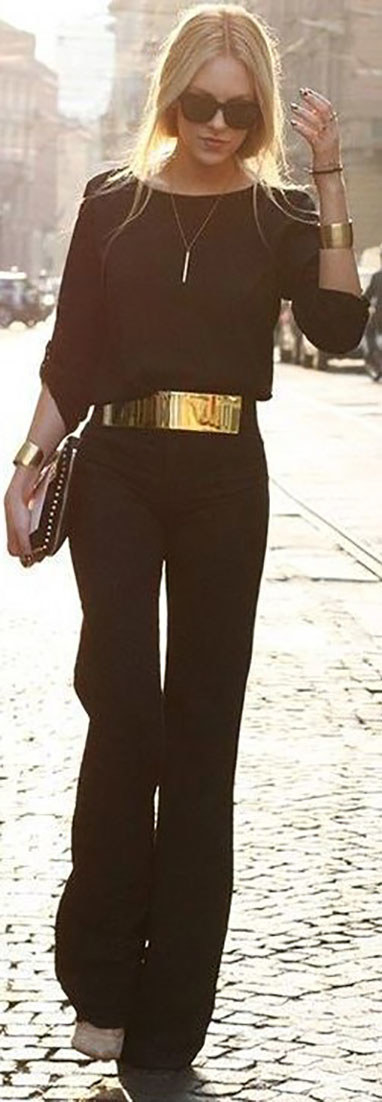 4.Add a wide statement belt to a solid-colored jumpsuit. It's easy and immediately makes it look more glam.