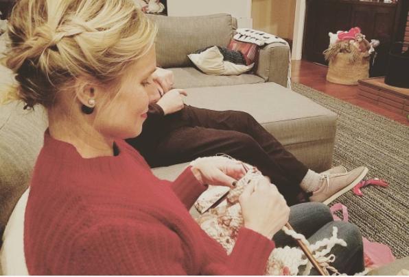 Kristen Bell got some knitting done.