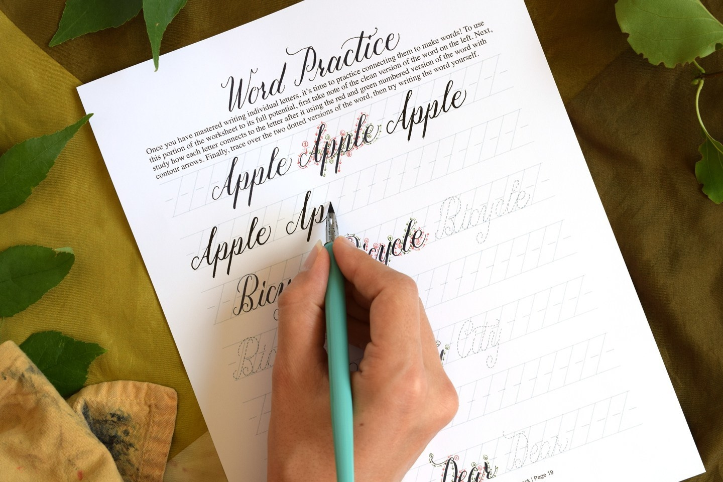 Tips for anyone who wants to learn calligraphy and hand lettering
