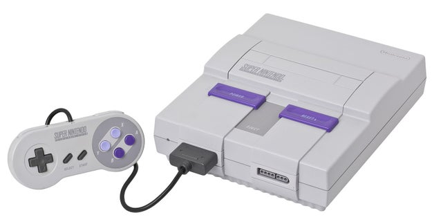 Nintendo nunca pretendió sacar otra consola de videojuegos, pero se vio obligada a crear la Super Nintendo después de que la Mega Drive de Sega empezara a reducir su cuota de mercado.