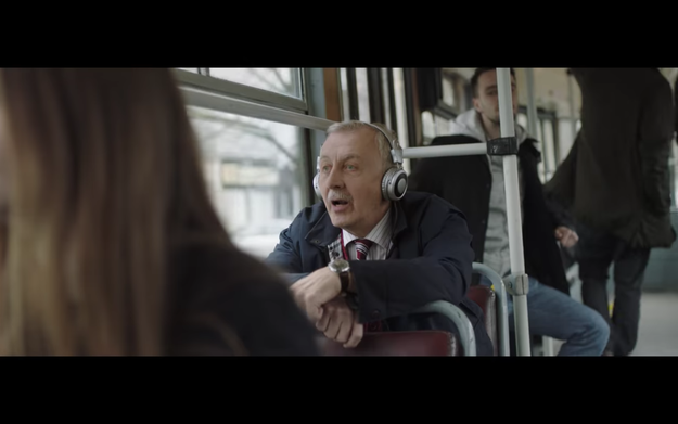 "The advert shows a Polish man ordering an ""English for Beginners"" language kit from Allegro, then practicing with it as he goes about his life."