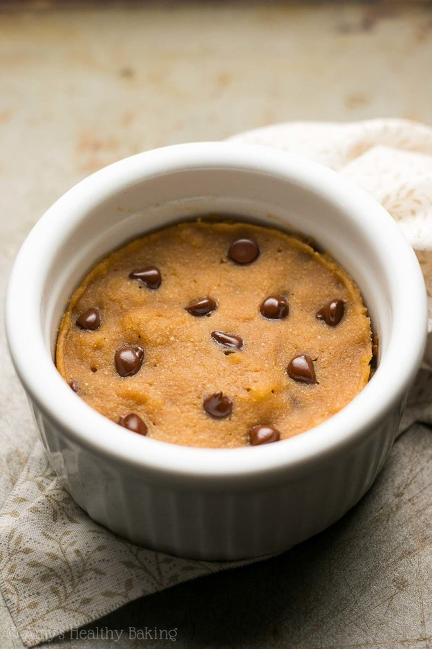 Chocolate Chip Gingerbread Mug Cake