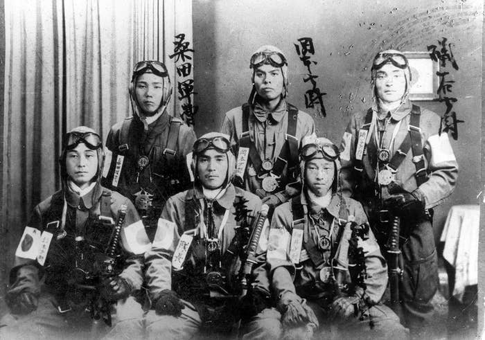 Several Japanese bomber pilots who participated in the attack.