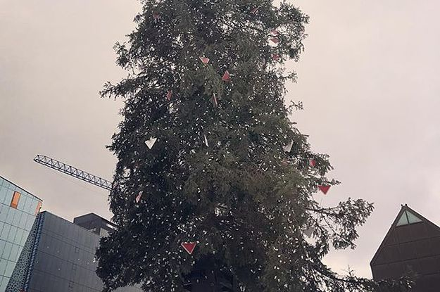 Ugly Christmas Tree.People Can T Stop Laughing At Montreal S Ugly Christmas Tree