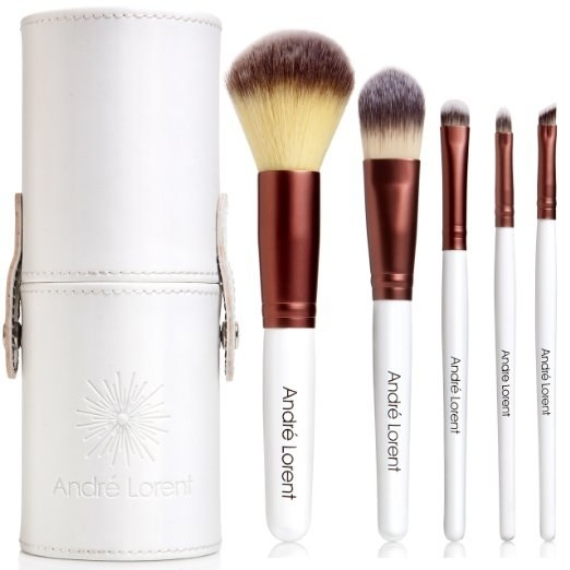 A travel set of beauty brushes, because no matter where they go, their eyeliner needs to be on point.