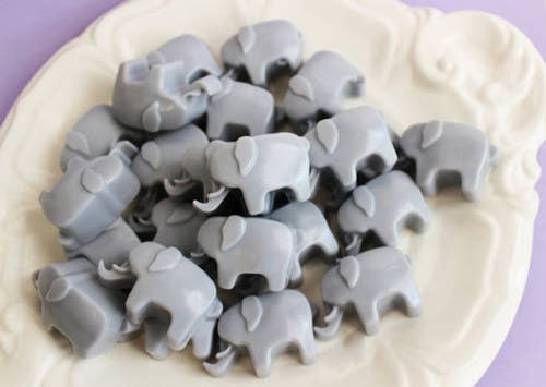 An Pack Of Elephant Shaped Mini Soaps That You Can Use As Party Favors Or Unexpected Decoration In Your Bathroom