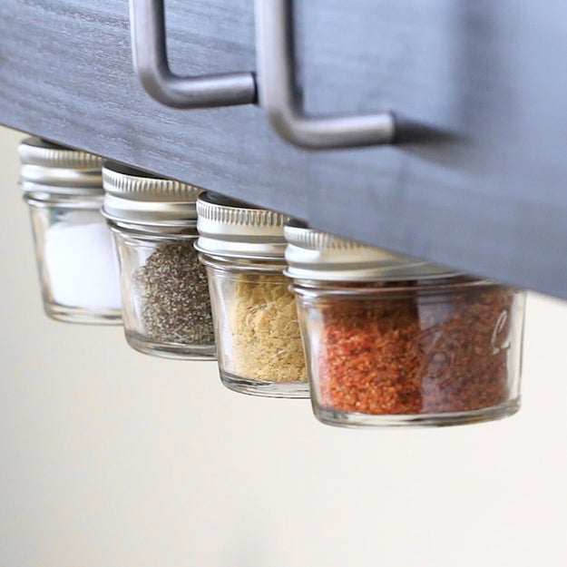 Magnetic Spice Organizer