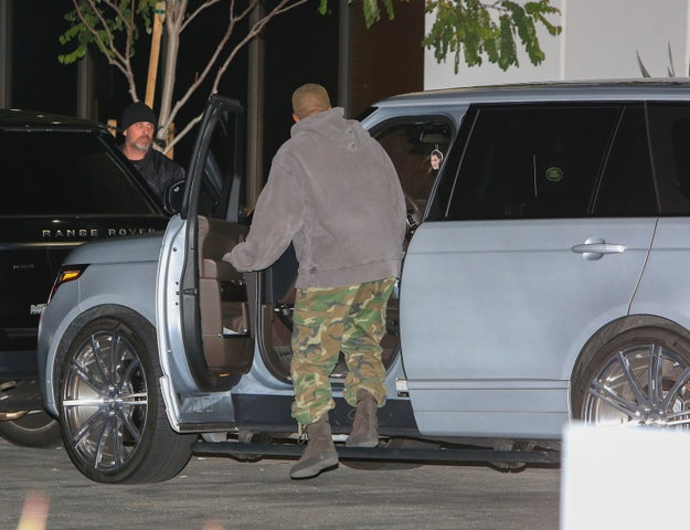 Over the weekend, paparazzi snapped just about 3 zillion photos of Kim Kardashian West and Kanye West leaving Jay-Z and Beyoncé's home in Los Angeles.