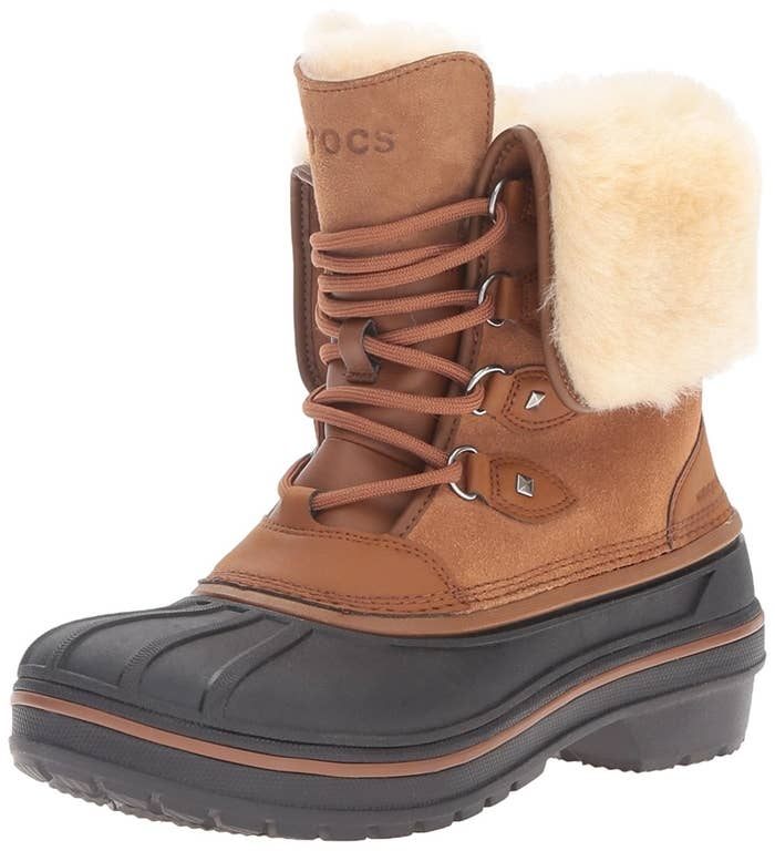 d5044c8ca 21 Of The Best Winter Boots And Snow Boots You Can Get On Amazon
