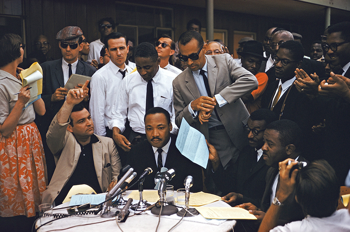 - 23 Incredible Full-Color Pictures Of Martin Luther King Jr.
