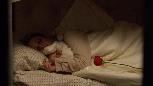 ...Corinne sleeps through the rose ceremony.