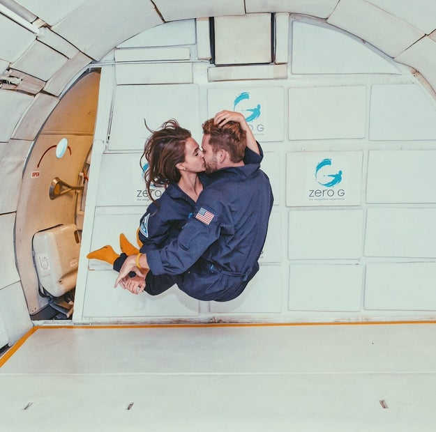 Vanessa pukes her brains out during her one-on-one date on a zero-gravity plane.