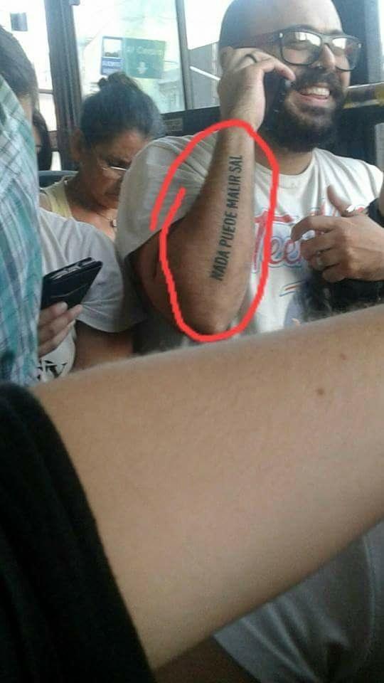 Este genio quería hacerse el mejor tatuaje y lo logró.