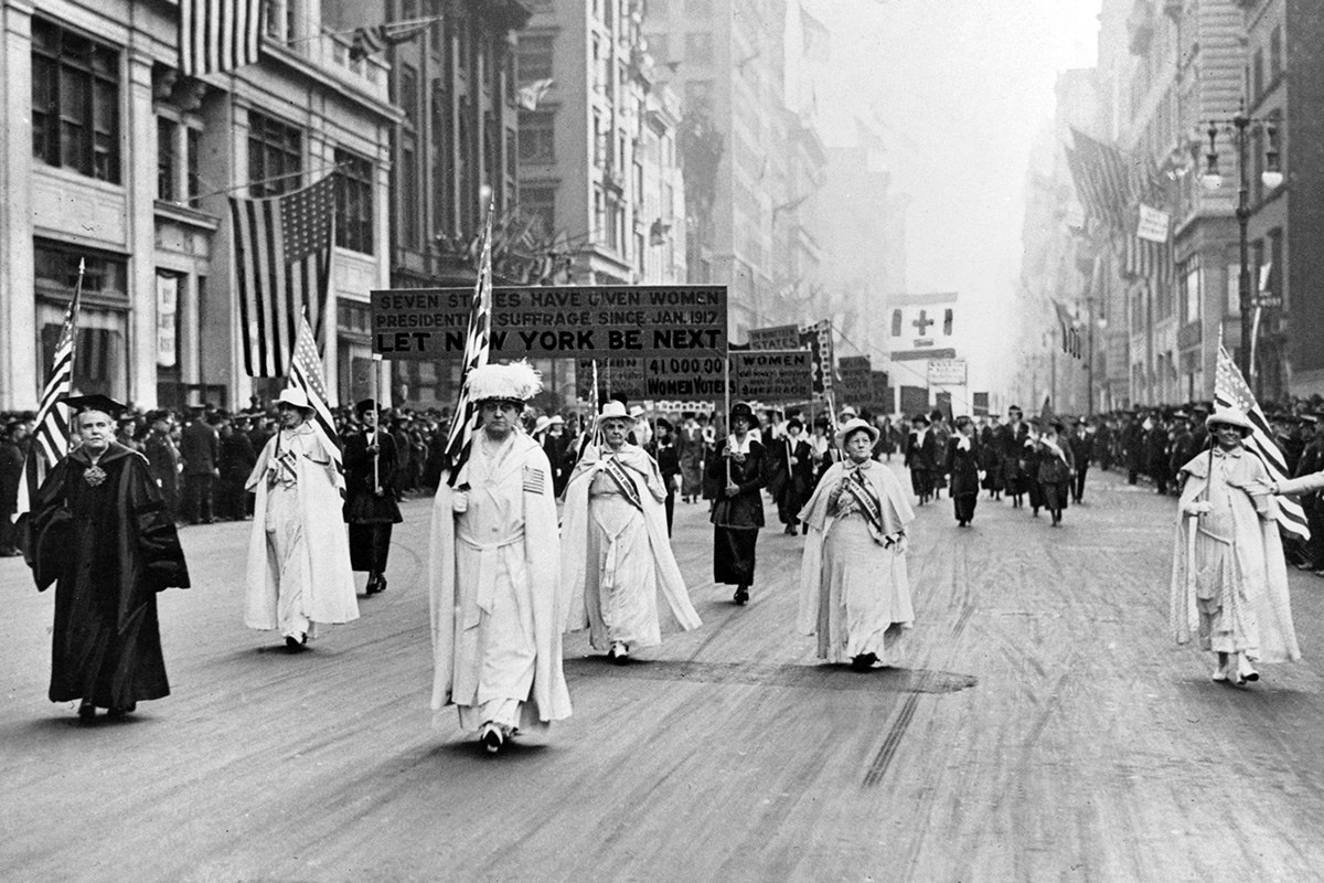 women s suffrage movement The women's suffrage movement leaders, including sojourner truth and alice paul, legislation, and anti-suffrage arguments features sound files, sheet music, photographs, letters and maps.
