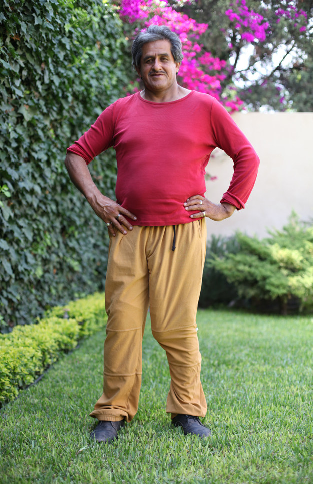 This is Roberto Esquivel Cabrera of Saltillo, Mexico. He's 54, and he has an 18.9-inch penis. #FACTS.