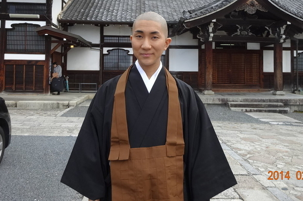 This buddhist monk is a celebrity makeup artist a 2 9622 1484951250 0 dblbig