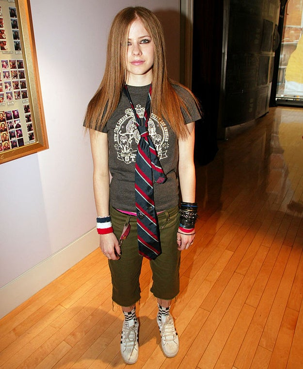 What was the precise date in the '00s when the very last girl wore a tie over a T-shirt for fashion reasons? And who was that girl?