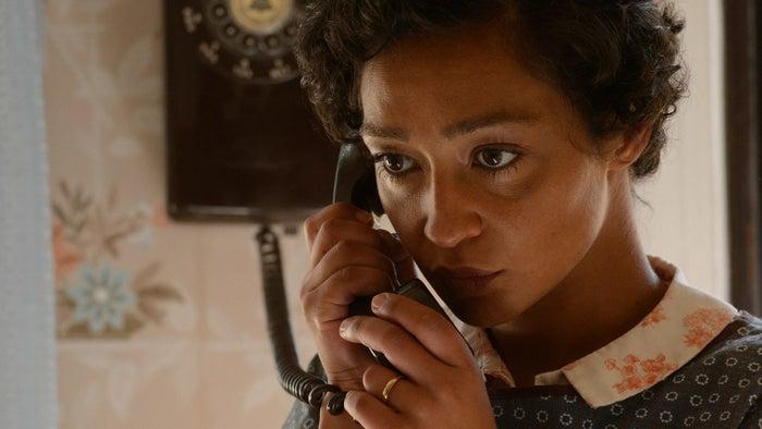 Isabelle Huppert por ElleRuth Negga por LovingNatalie Portman por JackieEmma Stone por La La LandMeryl Streep por Florence Foster Jenkins