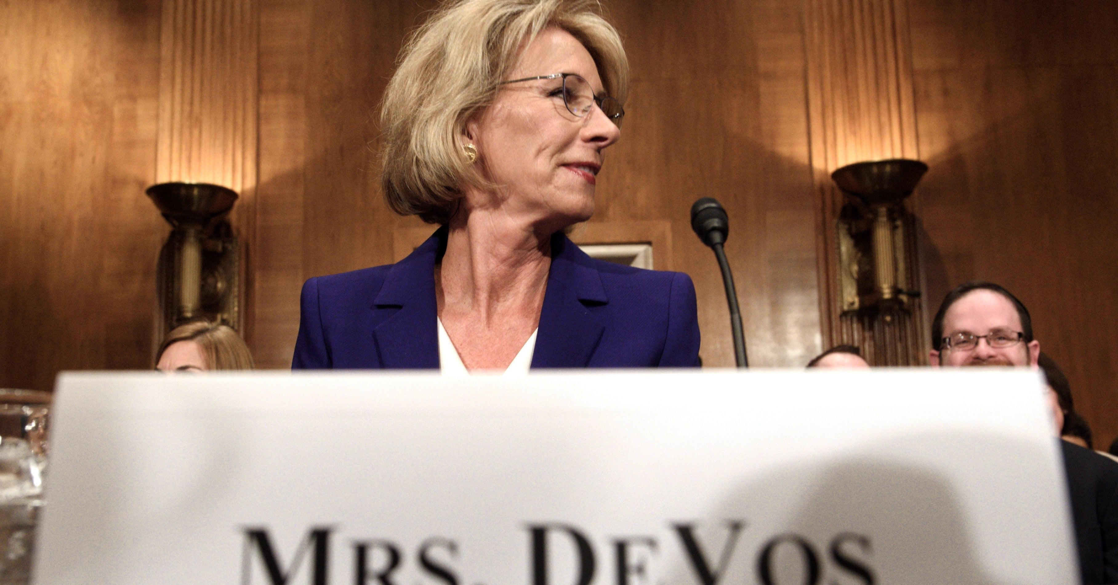 Devos Invested More Money In Brain >> For A Glimpse At The Billionaire Class Check Out Betsy Devos S Finances