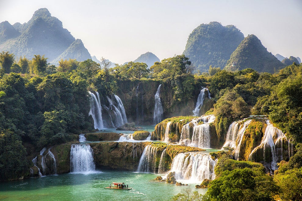 Detian Falls — between China and Vietnam
