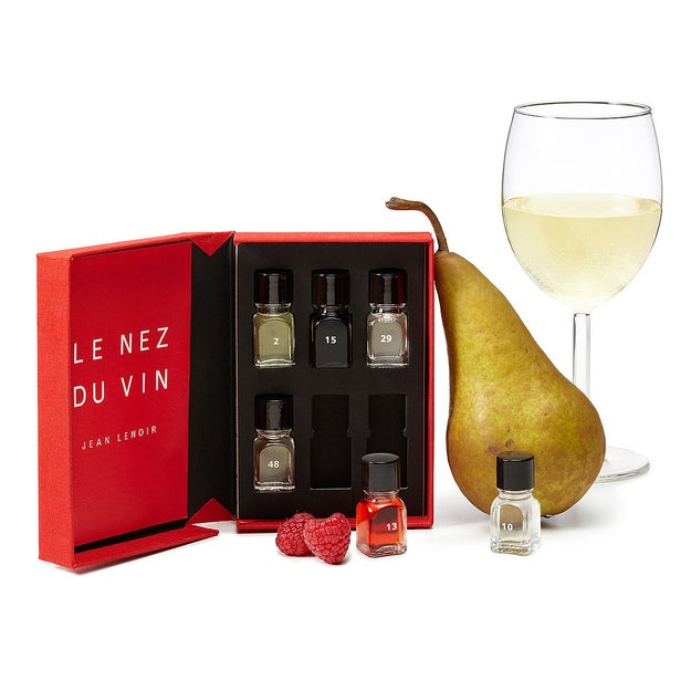 Train your nose with this aroma tasting set.