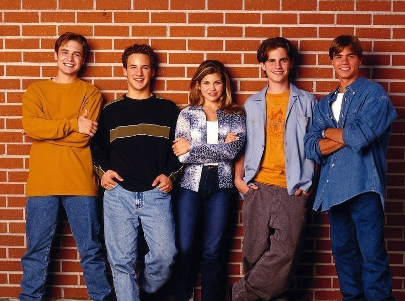 boy meets world a p Boy meets world is an american television sitcom created and produced by michael jacobs and april kelly the show aired on the abc network from september 24.