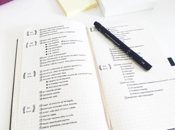 16 tipps um nur mit einem stift und einem notizbuch dein for Minimalistisch leben tipps