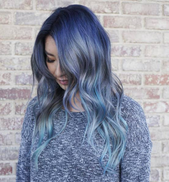 16 Pieces Of Definitive Proof That Blue Hair Is The 2017