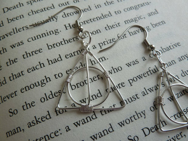 While you're at it, try making the same designer's wire Deathly Hallows earrings.