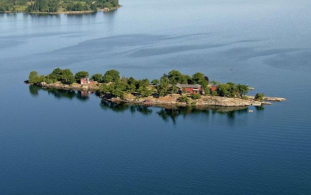 Whiskey Island, New York, USA, $3 million