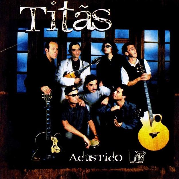 """Saiu também o disco Acústico MTV dos Titãs, cheio de clássicos da história da banda como """"Diversão"""", """"Comida"""", """"Marvin"""" e """"Flores""""."""
