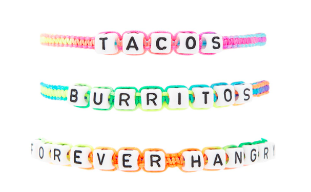 This set of casual bracelets that communicate all our hunger pangs.