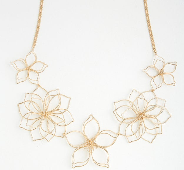 This subtle statement necklace that's 3D and delightful.