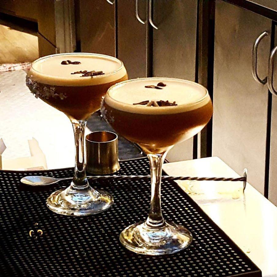 Cafe Gandolfi Bar