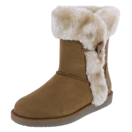 These faux-shearling Ugg lookalikes that are a fraction of the price.