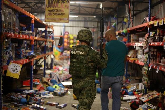 Una de las protestas que más escaló fue en un Chedraui en el Estado de México.